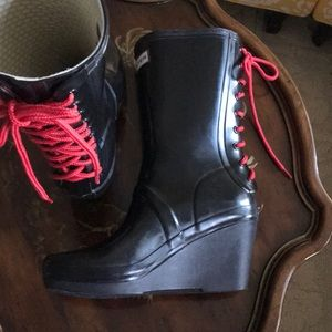 Hunter Wedge Lace Up Boots